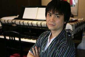 Yuzo Koshiro, uma das mentes mais brilhantes em matéria de Soundtracks de jogos.