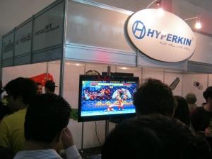 RetroN5 rodando SF2 do Mega Drive