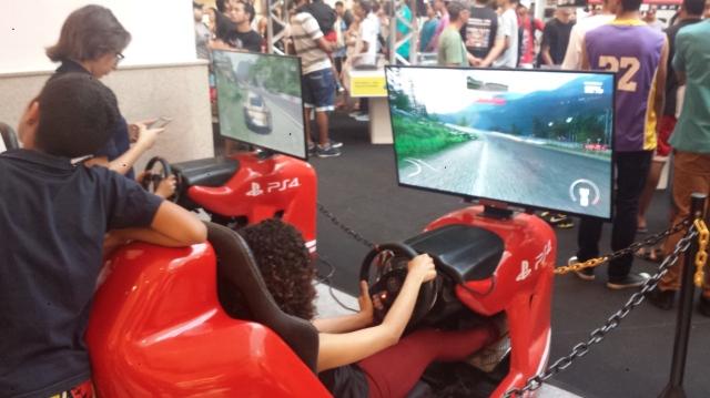 Para aqueles que gostam de jogos de corrida mais modernos, o Driveclub era uma ótima opção.